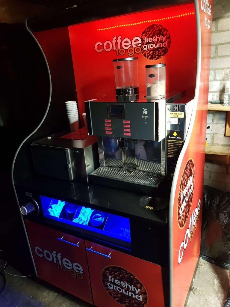 Bean to cup WMF Bistro with coin machine + Milk Fridge + Stand